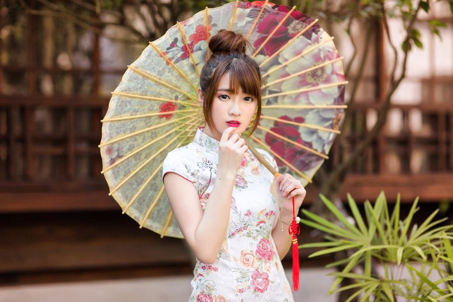 人 あり 中国 女性 脈